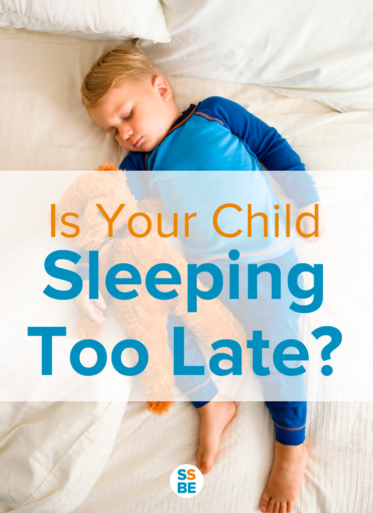 What's the ideal bedtime for kids? Read this post to see if your child is sleep too late, plus learn the perks of putting kids to bed early.