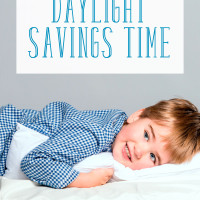 Practical tips to help your child adjust to the time change. Choose from 3 options! A must-read for any parent who want their kids to adjust to daylight savings time.