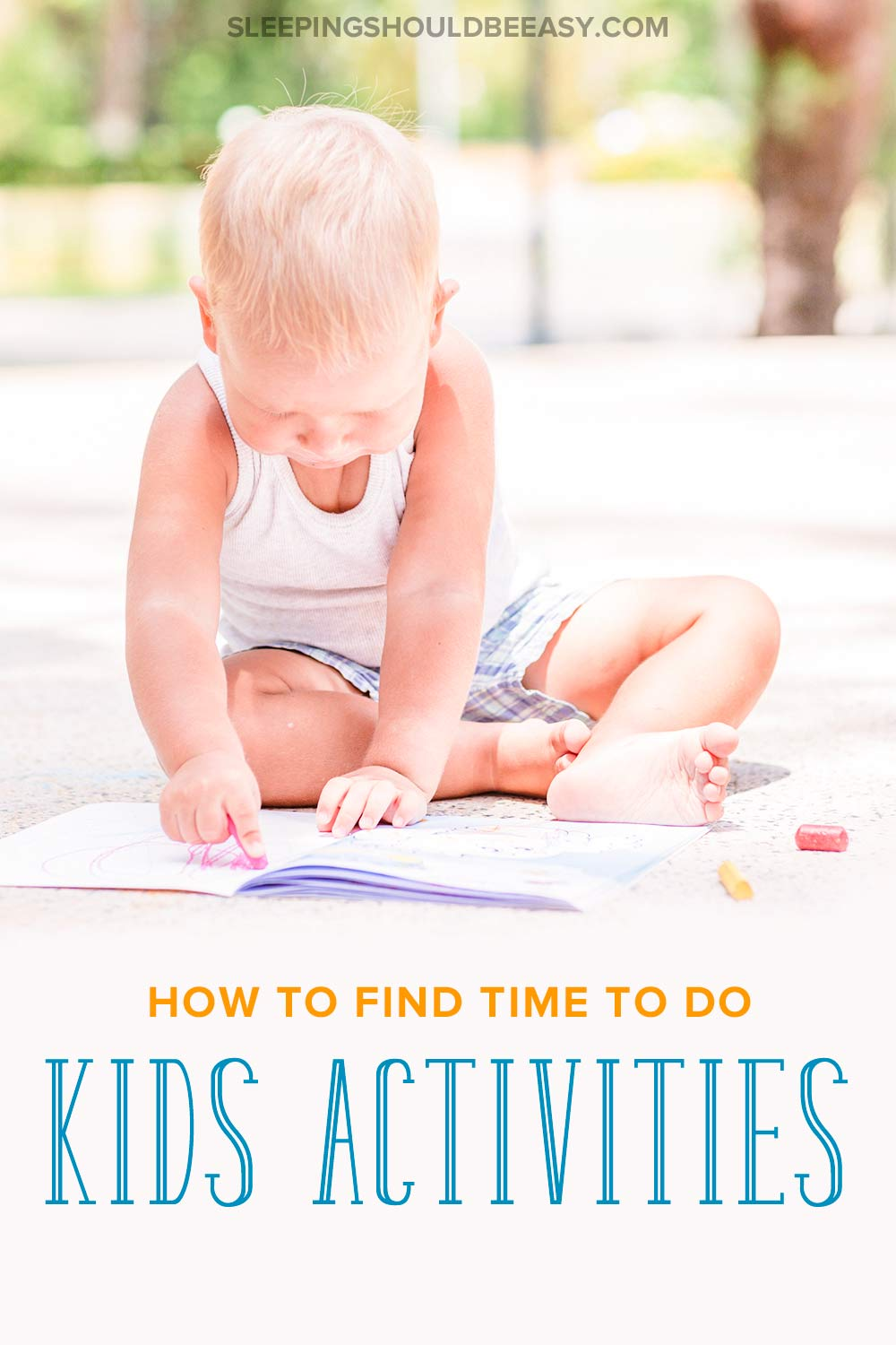 Interested in activities for infants and toddlers, but struggling to find the time to do them? Discover how to easily incorporate learning activities into your day without the stress or pressure. Even includes a FREE printable of play ideas for the early evenings! #infants #activitiesforkids
